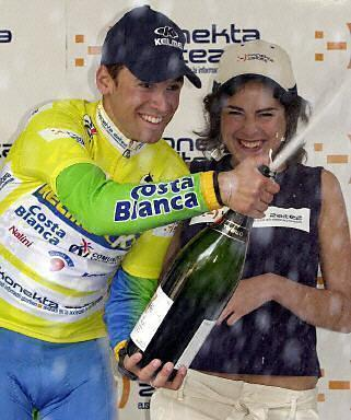 http://autobus.cyclingnews.com/photos/2003/apr03/vasco/stage4/cyclingbasquecountryt-16.jpg