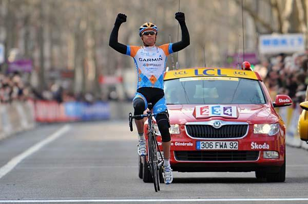 http://autobus.cyclingnews.com/photos/2009/interviews/christian_vande_velde_jun09/PIC10253976.jpg
